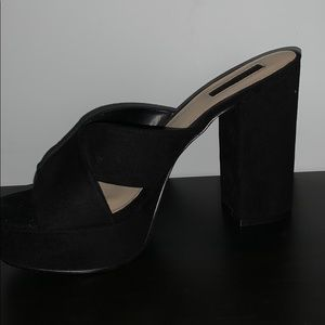 NEW SUEDE CROSSOVER SANDALS/MULES, BLACK